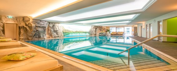 parkhotel-frank-oberstdorf-wellness-pool-bild001