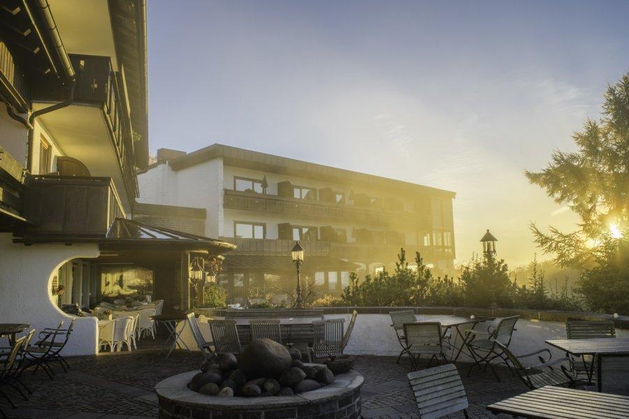 mittelburg-oy-mittelberg-erleben-terrasse-neu