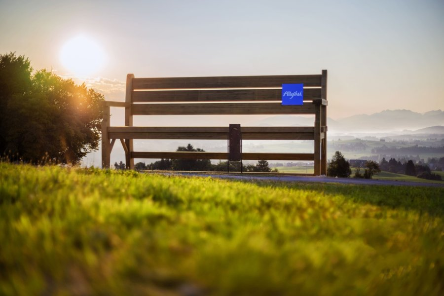 wanderbank-sonnenaufgang-social-blog-juni-sunrise-sunset