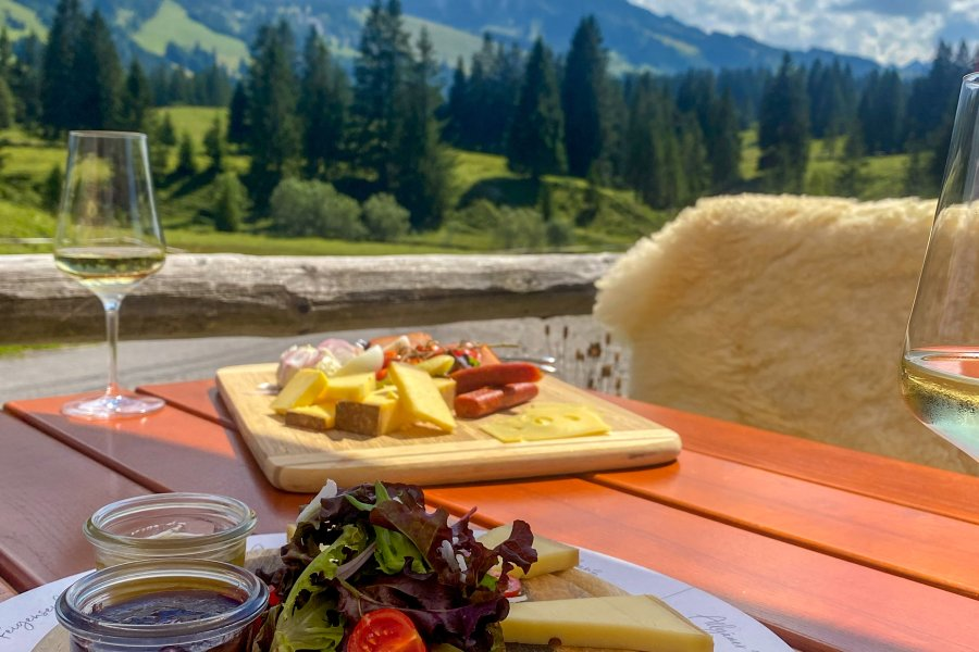 panoramahotel-oberjoch-Alpe-Untere-Schwande-Kaese-005