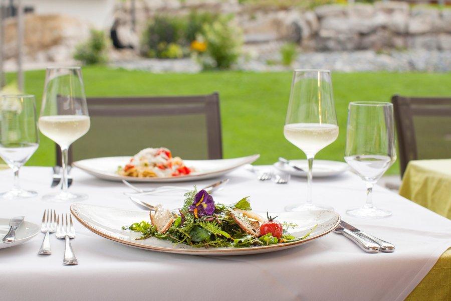 panoramahotel-oberjoch-blog-april-allergien-Foto2_Salat
