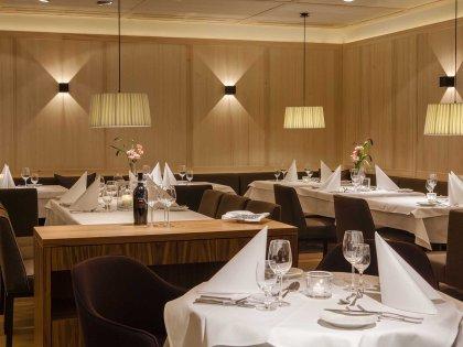Hotel Allg+ñu Sonne_Innenansicht_Restaurant2