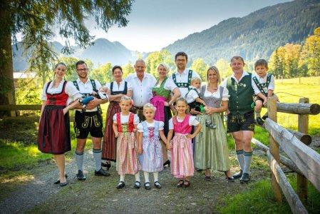 familotel-krone-unterjoch-familie