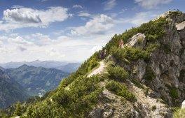 alpin-chalets-oberjoch-blog-kw41-bild001-wandern