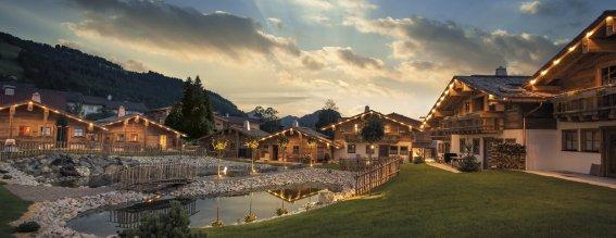 Alpin chalets blog kw41 aussenansicht chaletdorf