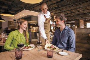 alpin-chalets-oberjoch-kulinarik-restaurant-1200-zwölfhundert-nn-003