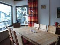 Tisch erweiterbar für 8 Personen
