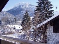 Blick vom Südbalkon auf Schattenberg