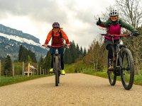 E Bike Tour Allgäu Agnes und Yasmin