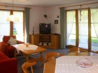 Ferienwohnung Buchert · Wohnzimmer
