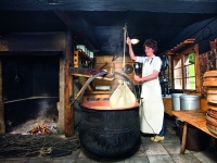 Buchrainer käseherstellung
