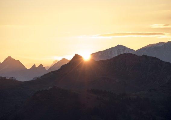 Sonnenaufgang über dem Kanzelwandgipfel