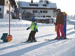 Gemeinsame Slalom-Übung