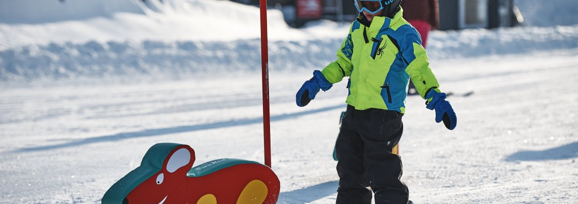 Slalom-Spaß in Söllis Winterwelt