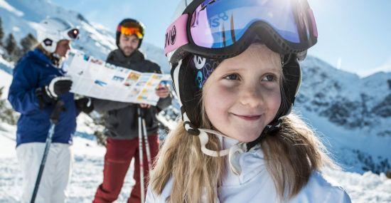 Familien-Skiausflug nach Hochoetz