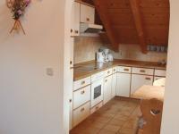 Blick vom Wohnzimmer in die Küche