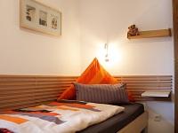 zusätzliches Zimmer mit 2 Betten