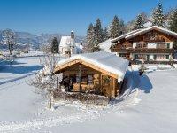 Winter-Hausansicht