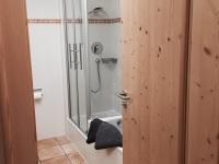 Bad Badewanne und Dusche