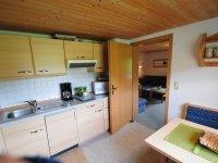 Separate Küche mit Essplatz Whg 2