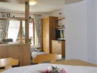 Ferienwohnung 2 Wohnzimmer 002