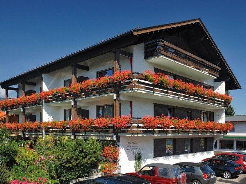 Gästehaus Baumgartner - Sommer