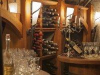 Edle Tropen im Weinkeller