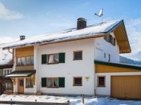 Haus Anna im Winterkleid