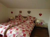 Neues, gemütliches Schlafzimmer