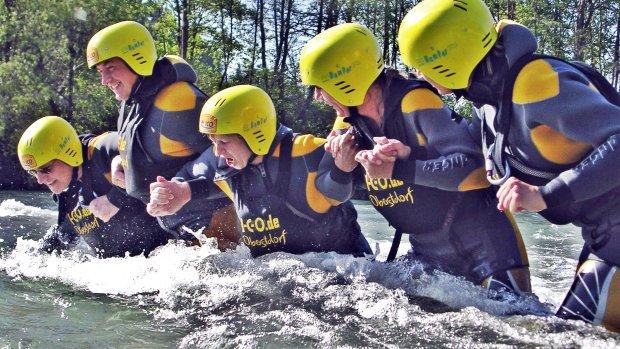 Flussquerung Team