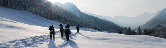 Schneeschuhwanderung querformat