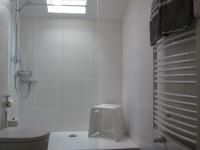 Badezimmer - Dusche + WC