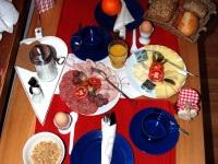 Frühstückstisch 1