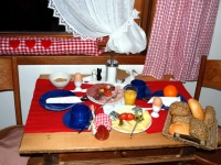 Frühstückstisch 2