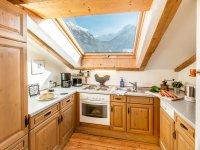 Küche mit Blick in Richtung Nebelhorn