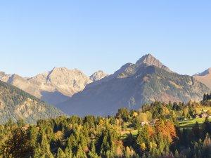 Herbstpanorama mit Blick nach Kornau