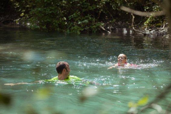 Abkühlung im Fluss