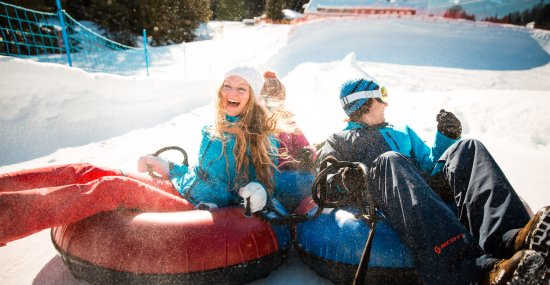 Spaß & Action beim Snowtubing