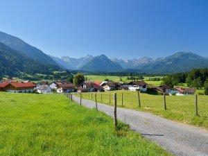 Rubi mit Blick Richtung Oberstdorf