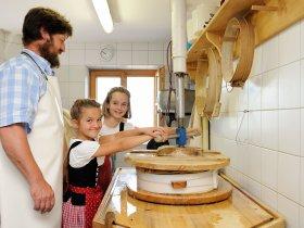 Käsen auf der Alpe Schrattenwang