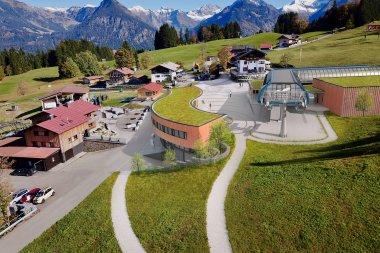 Modell neue Mittelstation Söllereck seitlich