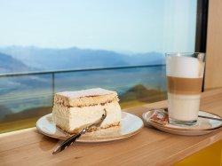 Kaffee & Kuchen mit Weitblick