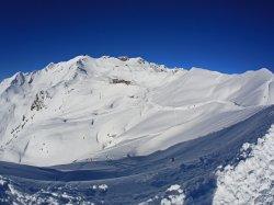 Blick vom Zeigersattel auf das Nebelhorn Skigebiet