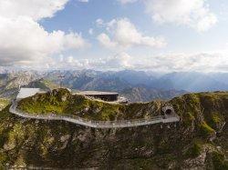 Faszinierende Tiefblicke vom Nordwandsteig