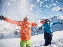 Schneespaß zu zweit