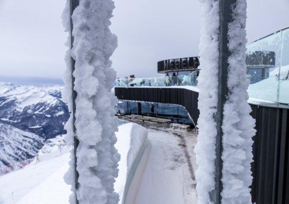 Frostiges Gipfelrestaurant