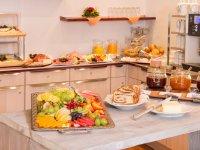Hotel garni Regina Frühstücksbuffet