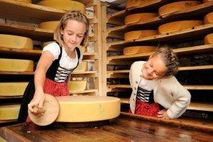 Schrattenwang Käseherstellung