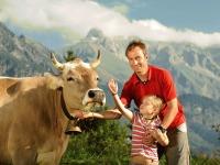 Familie und Kühe Hochleite (8)